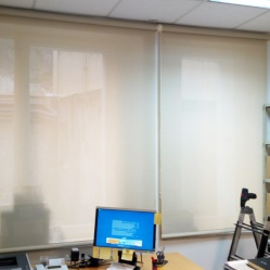 Cortinas enrollables screen en almacen